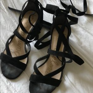 Gorgeous Sam Edelman black suede sandals 5.5